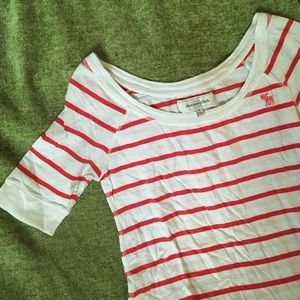 Abercrombie & Fitch Tops - ABERCROMBIE AND FITCH tee